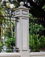Pilastri e colonne per cancelli