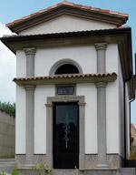 Elementi decorativi per tombe e cappelle cimiteriali